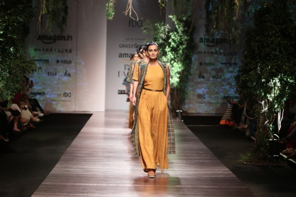 Grassroot by Anita Dongre - AIFW Winter Fall 2016 (39)