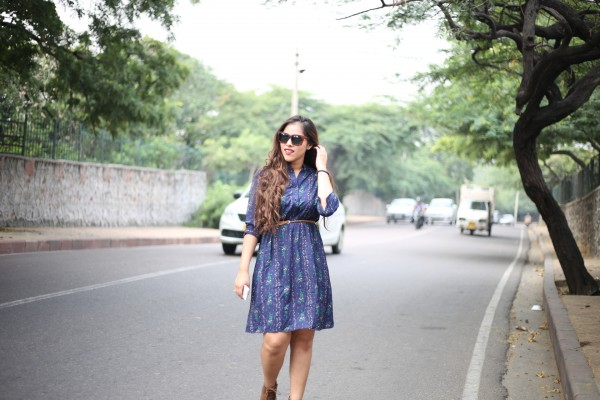 tiny floral waisted shirt dress, rosegal, zaful, zaful reviews, zaful promo code, zaful website reviews, blue dress, street style,