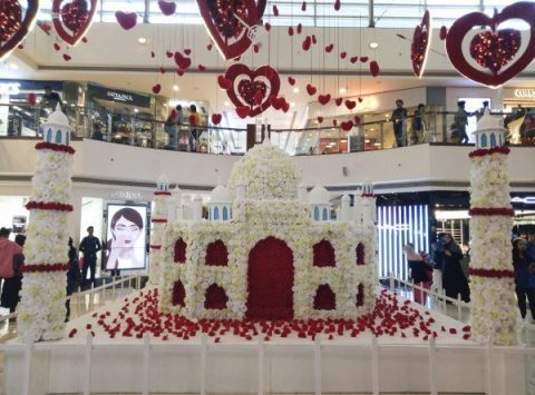Valentine's Day at Select CITYWALK