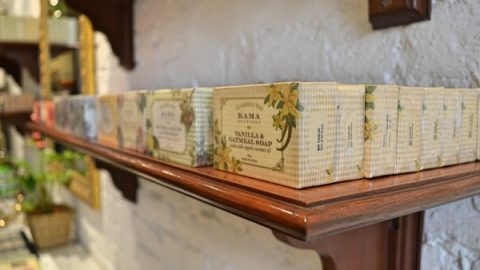 Kama Ayurveda – Store Feature