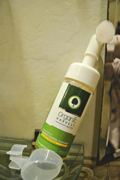 organic-harvest-face-wash1