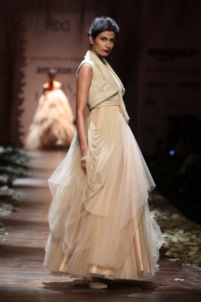 shantanu and nikhil 01